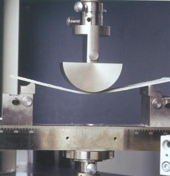 fot 1 - fot Schomburg Elastyczność materiałów cementowych 2