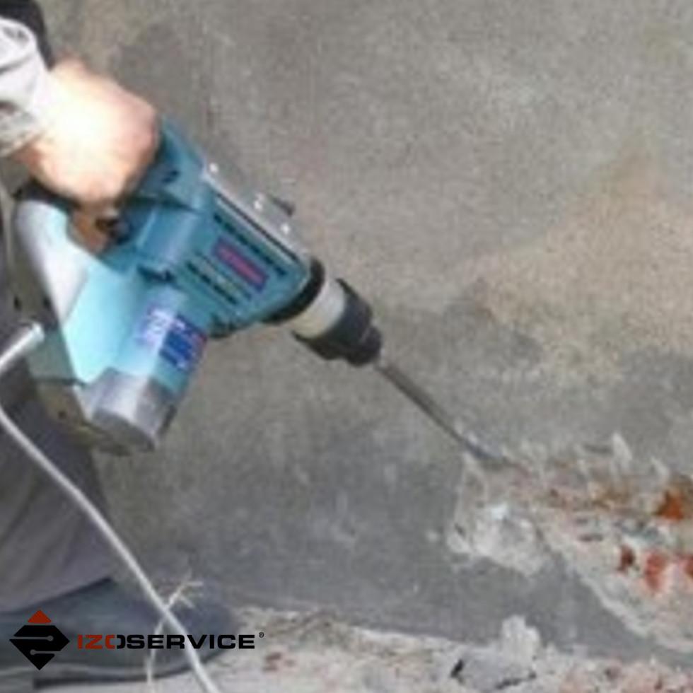 podcinanie murów